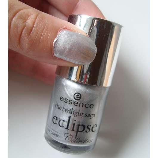 essence eclipse collection nailpolish, Farbe: Hide Belle Hide