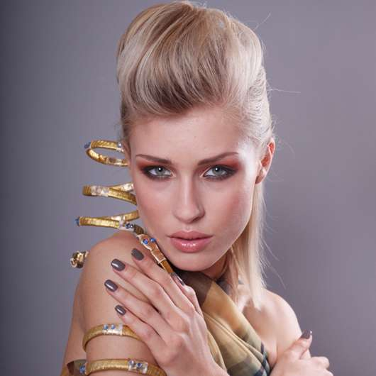 aphrodite makeup. mit acht neuen Aphrodite