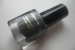 Produktbild zu Max Factor Max Effect Mini Nail Polish – Farbe: 19 Deep Grey