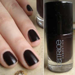 Produktbild zu Catrice Ultimate Nail Lacquer –  Farbe: 100 Wine-tastic