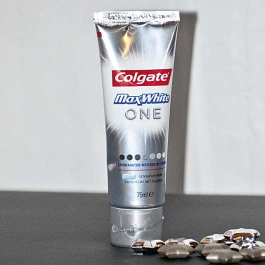 <strong>Colgate</strong> Max White One Zahncreme