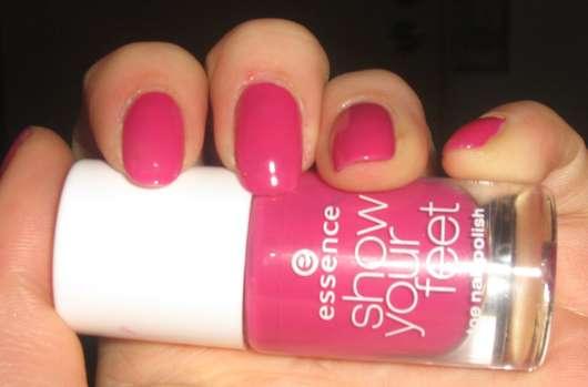essence show your feet toe nailpolish, Farbe: 04 very berry