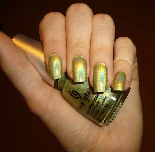 China Glaze Nail Lacquer, Farbe: L8R G8R (aus der OMG-Collection)