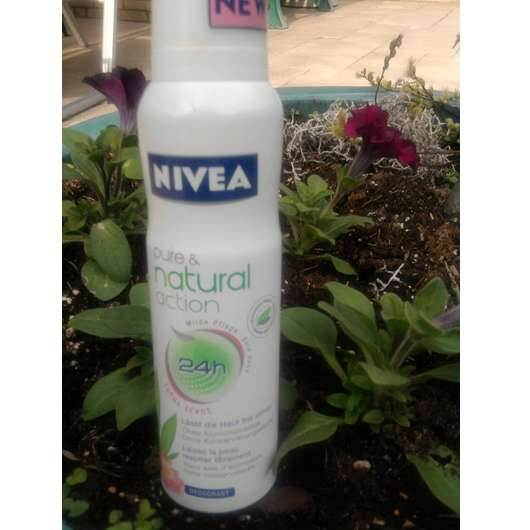 "Nivea pure & natural action Deospray ""lotus scent"""