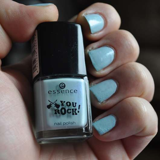 essence you rock nail polish, Farbe: 05 SPEED OF LIGHT BLUE (Limited Edition)