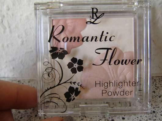 Rival de Loop Highlighter Powder (Romantic Flower LE)