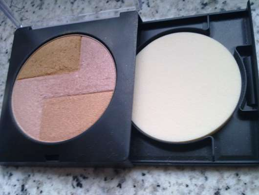 Manhattan Highlighting Powder