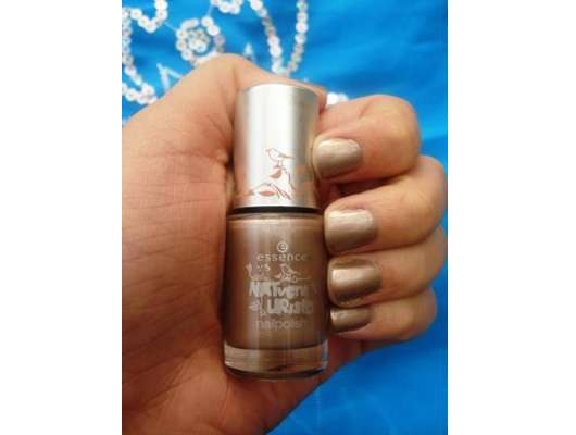essence NATventURista nail polish, Farbe: 02 mother earth is watching you (Limited Edition)