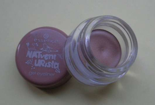 essence NATventURista gel eyeliner, Farbe: 02 mother earth is watching you (Limited Edition)