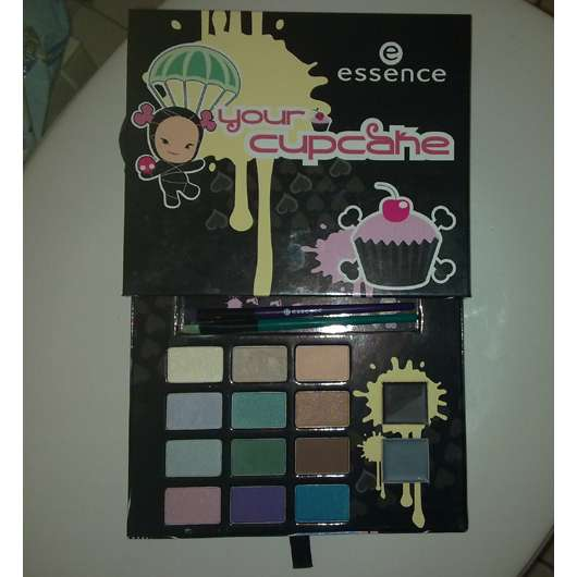 essence your cupcake eyeshadow palette