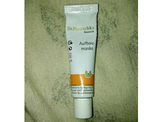 Dr. Hauschka Aufbaumaske