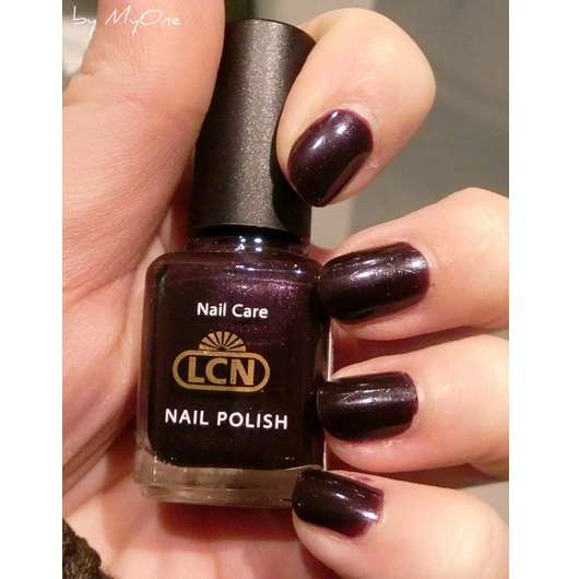 test nagellack lcn nail polish farbe 318 first date fall in love trend edition. Black Bedroom Furniture Sets. Home Design Ideas