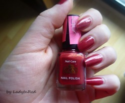 Produktbild zu LCN Nail Polish – Farbe: 321 Fall In Love (Trend Edition)
