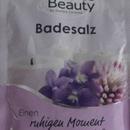 Wellness & Beauty Badesalz Veilchen & Rotklee