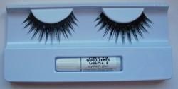 Produktbild zu essence crazy good times false lashes – 01 glitterastic (LE)