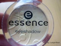 Produktbild zu essence eyeshadow – Farbe: 24 love me