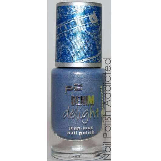 p2 denim delight jean-ious nail polish, Farbe 020: navy washed denim (LE)