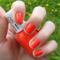 Produktbild zu essie Nagellack – Farbe: Orange, It's Obvious (LE)
