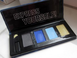 Produktbild zu MANHATTAN Only Collection Eyeshadow – Farbe: 1 Jeans Teens (LE)