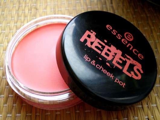 essence rebels lip & cheek pot, Farbe: 01 peach punk (LE)