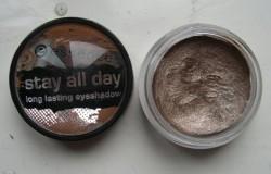 Produktbild zu essence stay all day long lasting eyeshadow – Farbe: 01 copy right
