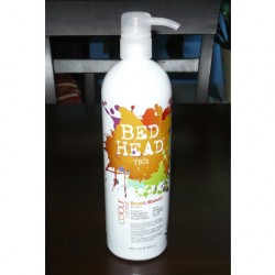 Produktbild zu Bed Head by TIGI Colour Combat Dumb Blonde Shampoo