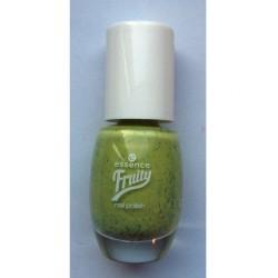 Produktbild zu essence fruity nail polish – Farbe: 04 one kiwi a day (LE)