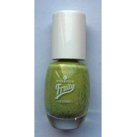 essence fruity nail polish, Farbe: 04 one kiwi a day (LE)