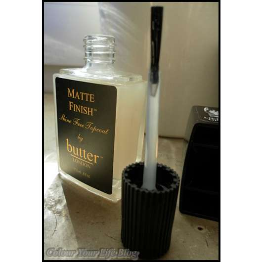 <strong>butter LONDON</strong> Matte Finish Shine Free Topcoat