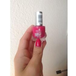 Produktbild zu essence ready for boarding nail polish – Farbe: 01 sending you kisses (LE)