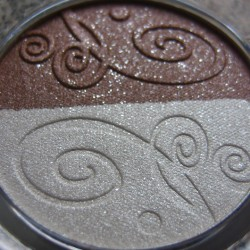 Produktbild zu Rival de Loop Young Lovely Eyes Eyeshadow Duo – Farbe: 09 chai latte