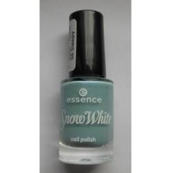 Produktbild zu essence snow white nail polish – Farbe: 06 sleepy (LE)