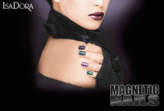 IsaDora Magnetic Nails