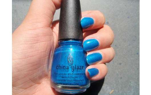 China Glaze Nail Lacquer With Hardeners, Farbe: 1010 Blue Sparrow (Neon)