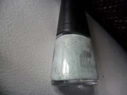 Produktbild zu MANHATTAN Styleproofed Nail Polish – Farbe: 07S Green Chai (Blogger Edition)