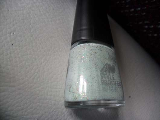 Manhattan Styleproofed Nail Polish, Farbe: 07S Green Chai (Blogger Edition)