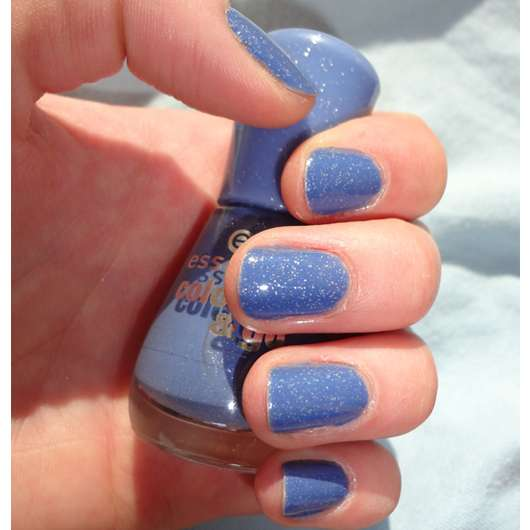 essence colour & go nail polish, Farbe: 135 I'm bluetiful