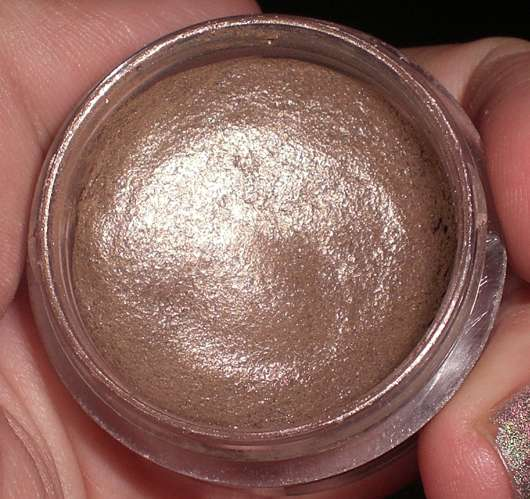 essence stay all day long lasting eyeshadow, Farbe: 02 glammy goes to…