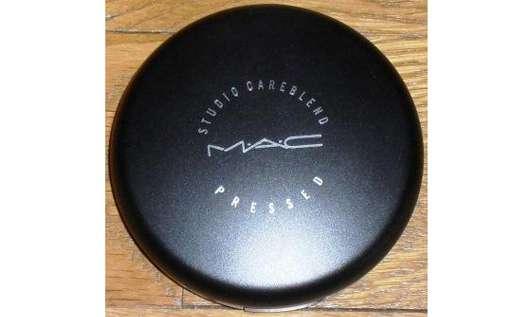 M.A.C. Studio Careblend/Pressed Powder, Farbe: light plus
