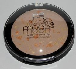 Produktbild zu p2 cosmetics fly me to the moon satellite powder – Farbe: 010 milky way (LE)