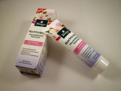 Produktbild zu Kneipp Nachtcreme Mandelblüten Hautzart