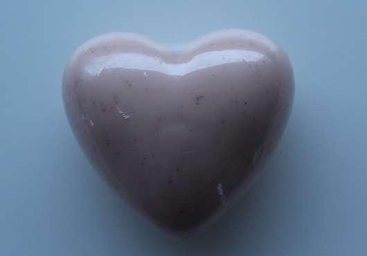 The Body Shop Heart Soap Cranberry Joy (LE)
