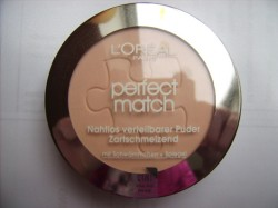 Produktbild zu L'ORÉAL PARiS Perfect Match Puder – Farbe: K1 Rose Ivory