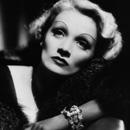 "Max Factor: Marlene Dietrich ""I am Drama"" – Look"
