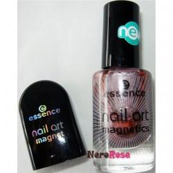 Produktbild zu essence nail art magnetics nail polish – Farbe: 03 magic wand