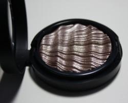 Produktbild zu ARTDECO Glam Couture Eyeshadow – Farbe: 28 glam blissful taupe (LE)