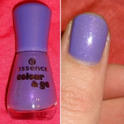 Produktbild zu essence colour & go nail polish – Farbe: 133 oh my glitter!