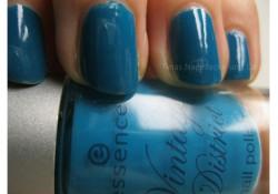 Produktbild zu essence vintage district nail polish – Farbe: 02 shopping @ portobello road (LE)