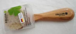 Produktbild zu Faller Gesichtsmassagebürste aus Olivenholz mit reinem Ziegenhaar