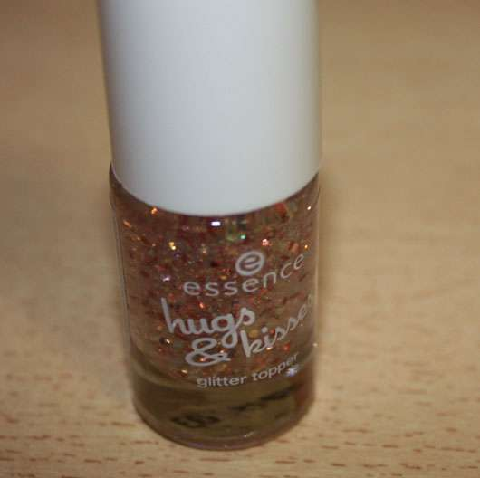 essence hugs & kisses glitter topper, Farbe: 01 more than words (LE)
